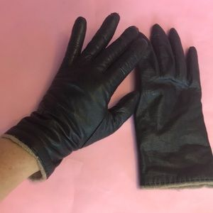 Vintage black buttery soft leather gloves